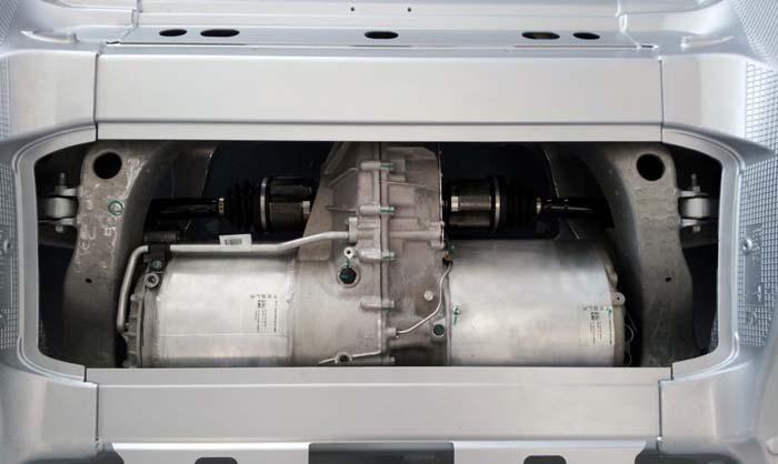 fallo motor tesla model s - 700