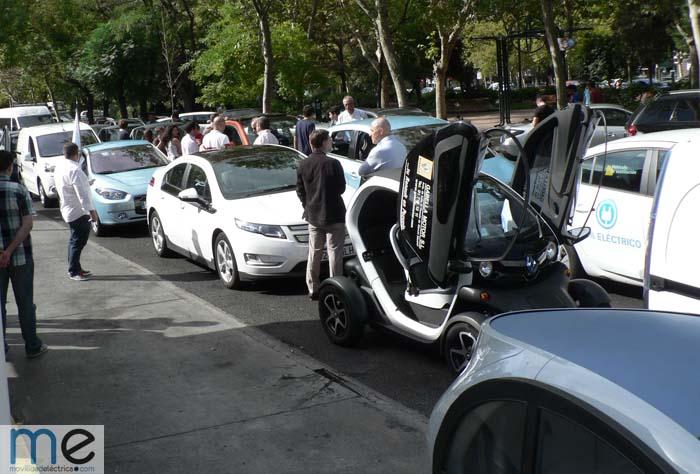 estrategia nacional vehículo eléctrico - 700