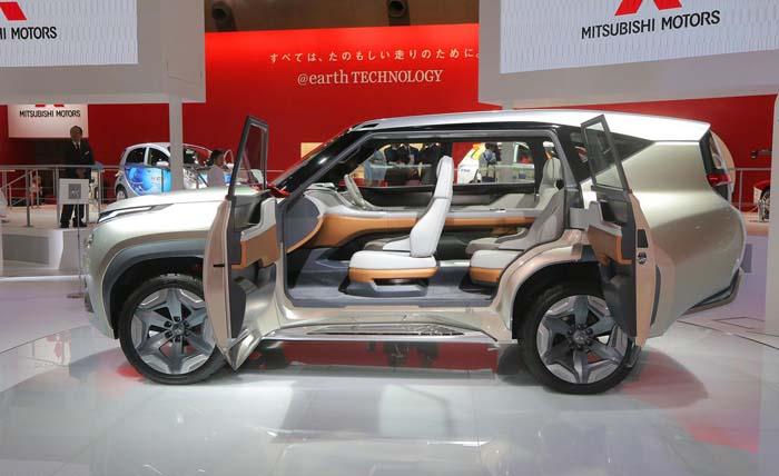 Mitsubishi GC PHEV Concept- 700 (1)