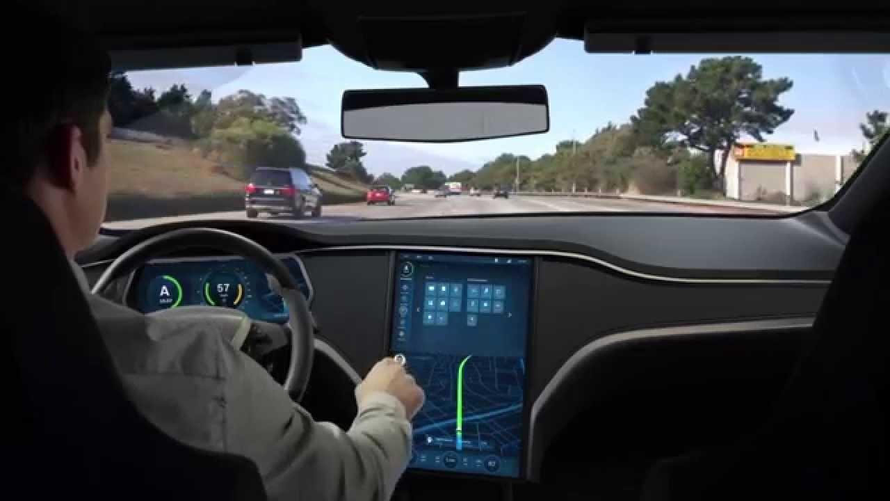 Software propio de conducción autónoma de Bosch implementado en un Model S
