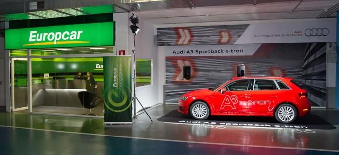 Audi A3 sportback e-tron oficina Europcar distrito 22@ de Barcelona