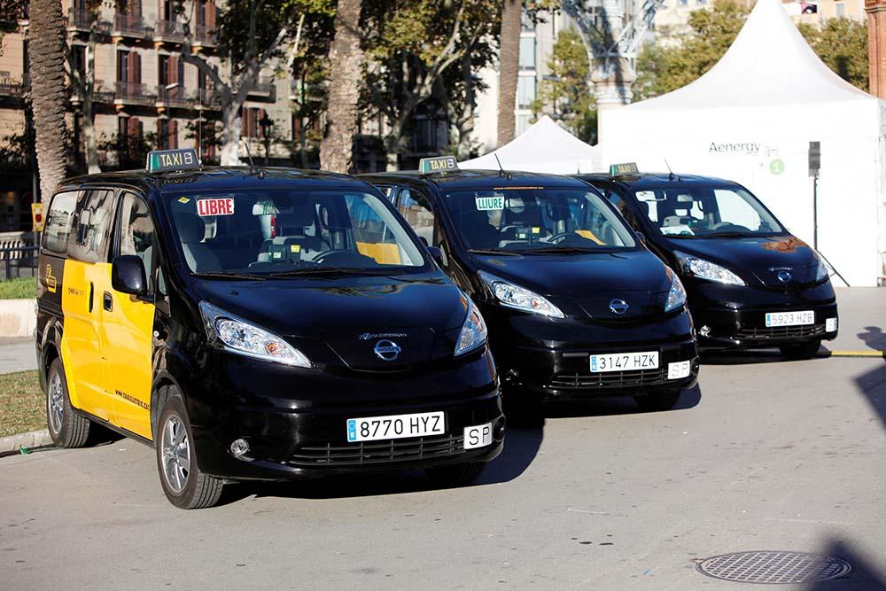 taxi barcelona e-nv200