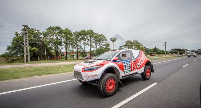 ACCIONA 100X100 ECOPOWERED RALLY DAKAR 2016