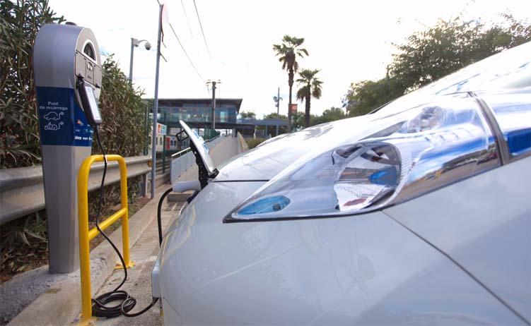 punto de recarga vehiculo electrico cataluña