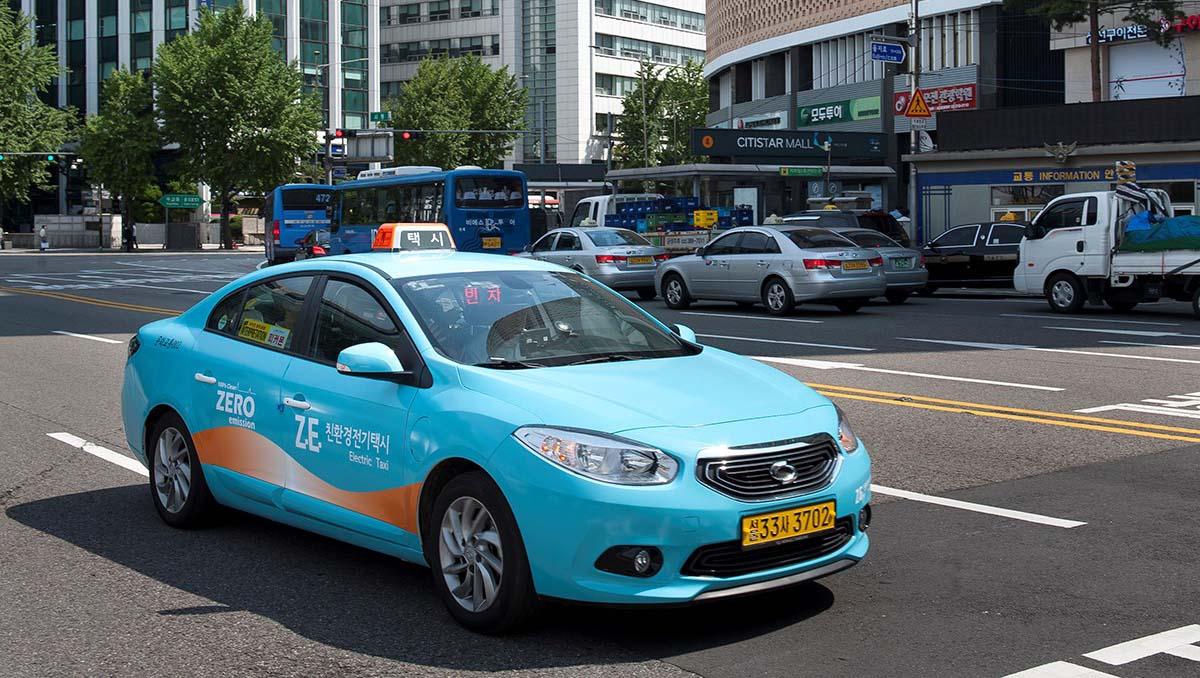 taxi coreano renault samsung sm3 ZE
