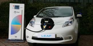 Sistema V2G Nissan Eaton Enel en las oficinas Nissan de Francia