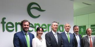 El conseller Rafael Climent en las oficinas de Fenie Energía
