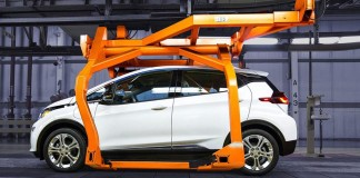 General Motors extiende la parada del Chevrolet Bolt