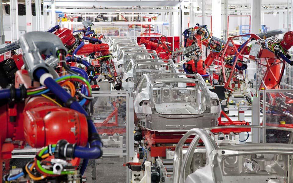 Línea de producción de la fábrica de Tesla Motors