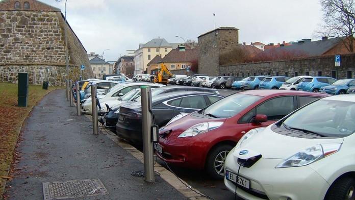 La exención del IVA en Noruega para los coches eléctricos se amplía hasta 2020