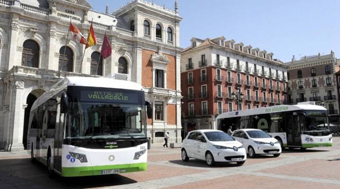 Autobuses híbridos Vectia y Renault Zoe de Valladolid