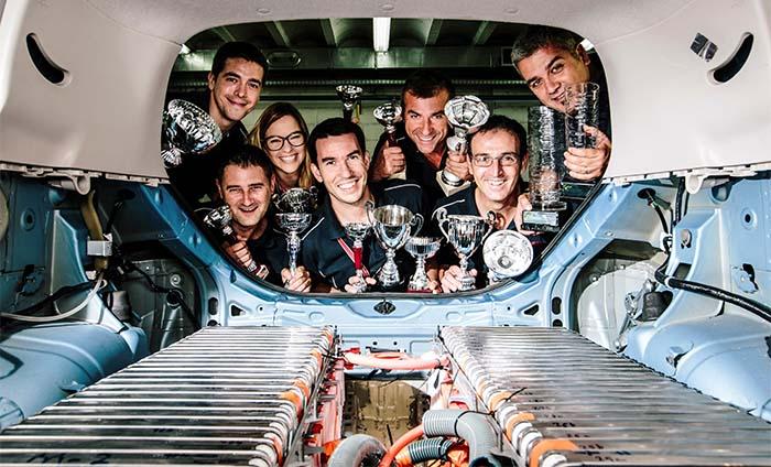Los empleados del Centro Técnico de Nissan en Barcelona