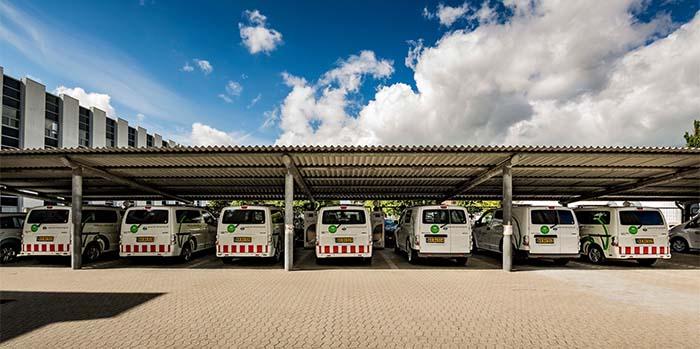 Las 10 furgonetas y los 10 cargadores adquiridos por Frederiksberg Forsyning