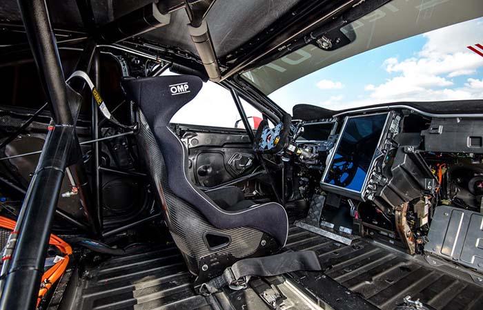 Interior del Tesla Model S de ElectricGT