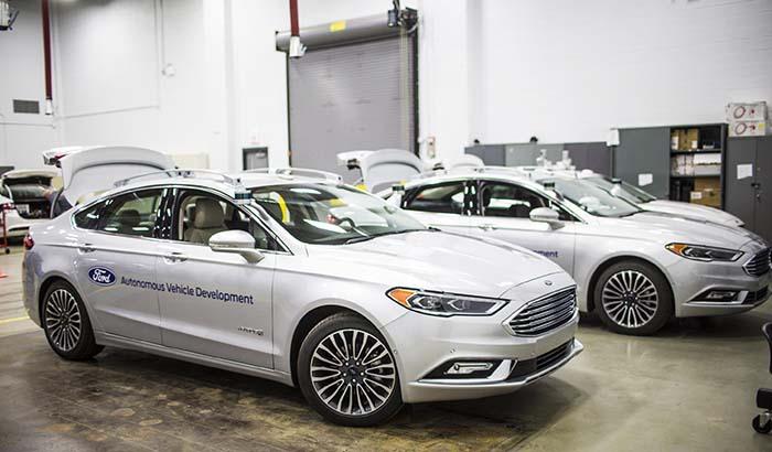 La flota de vehículos autónomos de Ford