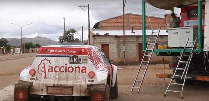 Electrolinera para recarga del Acciona 100% EcoPowereden el Dakar 2017