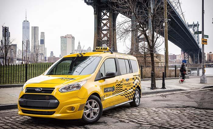 Ford Transit Connect híbrida para flotas de taxi