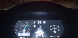 Tesla actualiza el Autopilot 2.0 a todos los coches