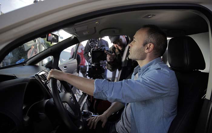 Andrés Iniesta, embajador para España de Nissan para sus vehículos eléctricos