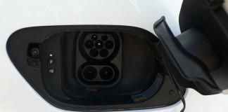 BMW, Daimler, Ford y Volkswagen instalarán 50 puntos de recarga rápida en España