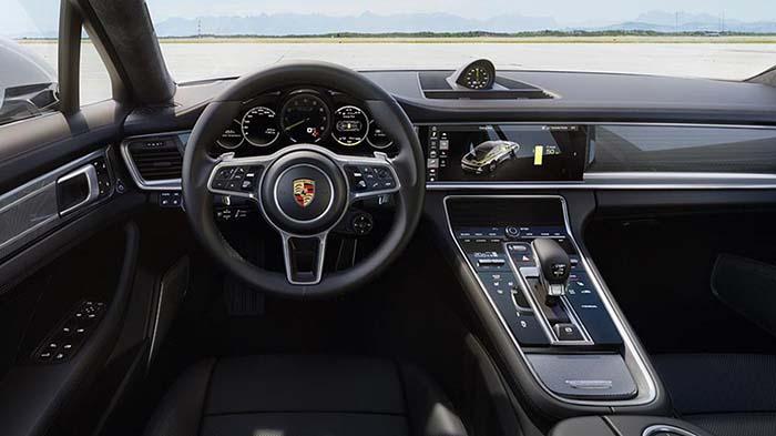 Interior del Panamera Turbo S E-Hybrid