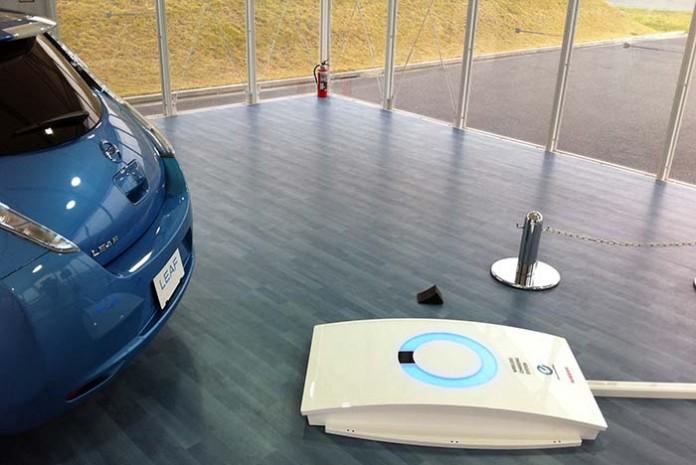 Nissan Leaf con carga inalámbrica