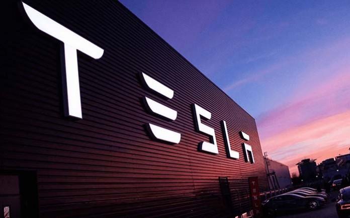 Tesla ha eliminado la palabra Motors de su nombre-2