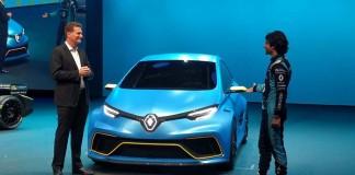 Gilles Normand, vicepresidente senior de vehículos eléctricos de Renault junto al ZOE e-Sport Concept