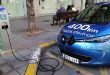 Inaugurado oficialmente el primer punto de carga público en Alicante