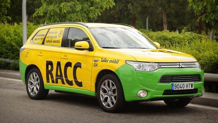El taller móvil del RACC para coches eléctricos con tecnología de Circontrol
