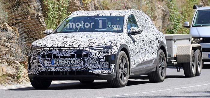 Audi e-tron quattro concept con remolque