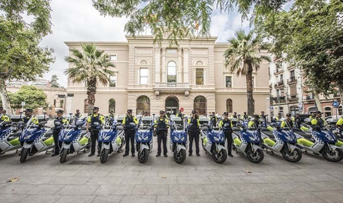 La Guardia Urbana de Barcelona recibe 30 BMW C Evolution