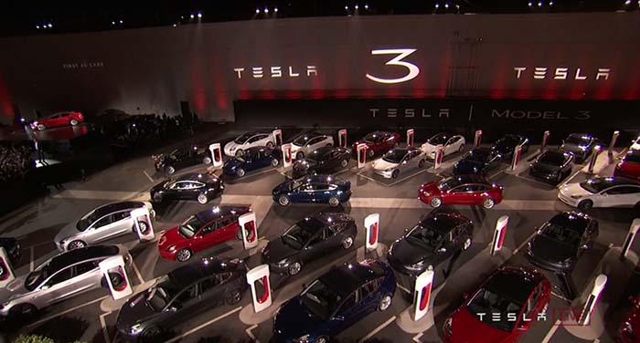 Las 30 pirmeras unidades entregadas del Tesla Model 3