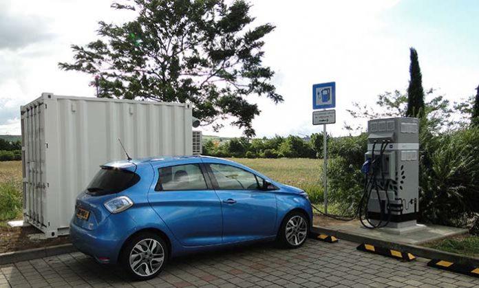 Estación de recarga rápida E-STOR de Renault y Connected Energy