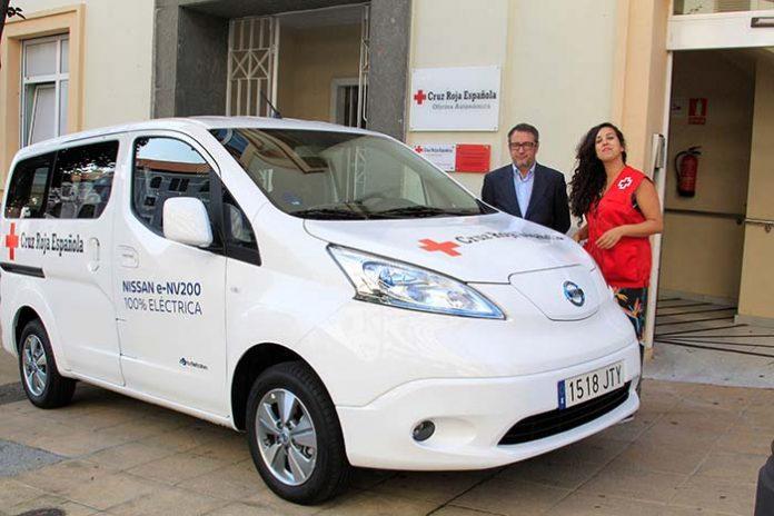 Nissan cede una e-NV200 a la Cruz Roja de Asturias