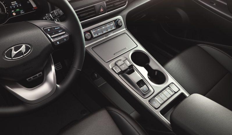 Hyundai Kona eléctrico completo