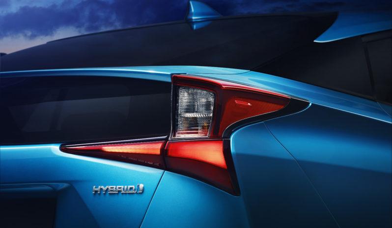 Nuevo Toyota Prius completo