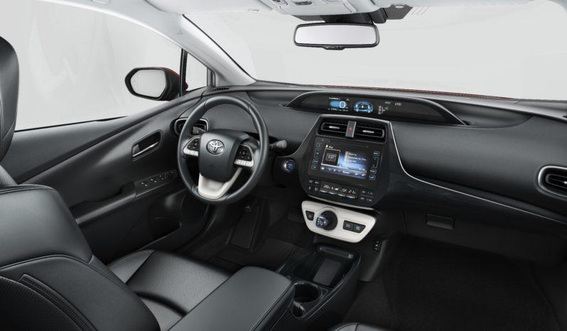 Toyota Prius Plug-In Hybrid completo