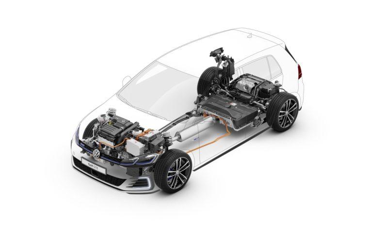 Volkswagen Golf GTE completo