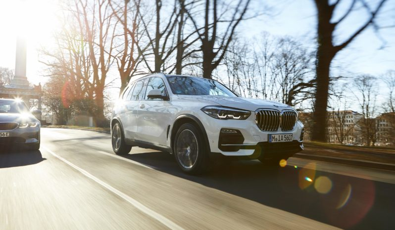 BMW X3 híbrido enchufable completo