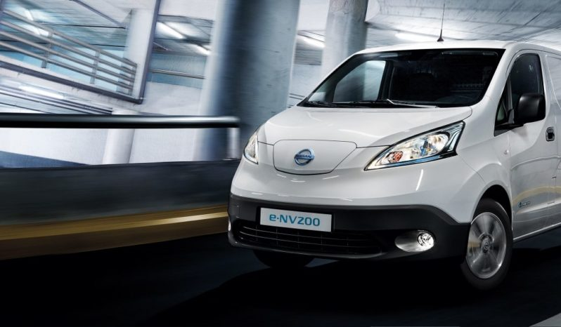 Nissan e-NV200 completo