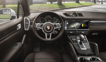 Porsche Cayenne E-Hybrid completo