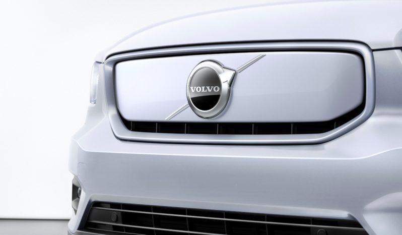 Volvo XC40 Recharge completo