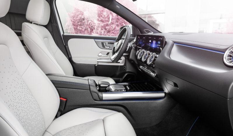 Mercedes EQA completo