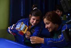 alumnos con coche solar