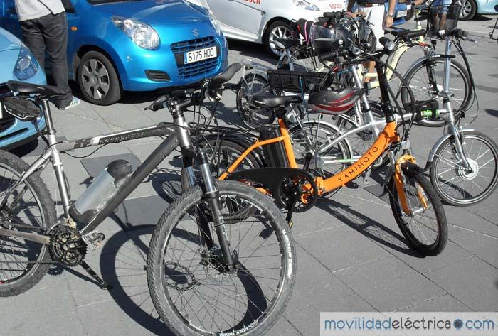 bicicleta eléctrica - 700