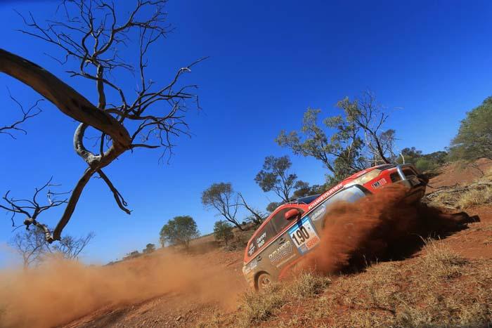 Australian Safari 2014 outlander phev - 700