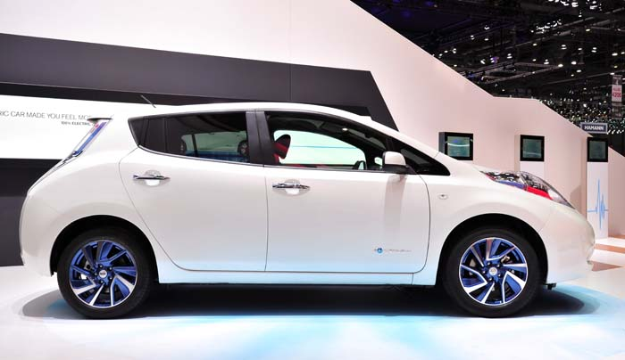 Nissan leaf accenta limited edition - 700