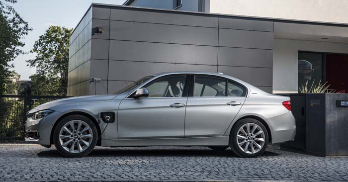 BMW 330e hibridos enchufables frankfurt - 700