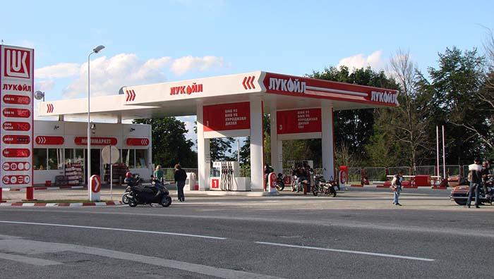 puntos de recarga en gasolineras rusas - 700